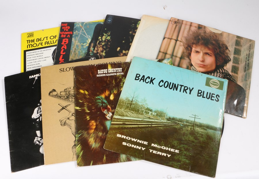 Lot 51 - 10x Folk/Rock/Blues LPs to include Bob Dylan - Blonde on Blonde (CBS 66012). Creedance Clear Water