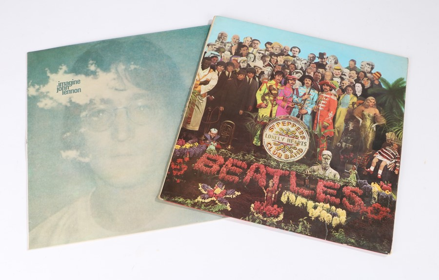 Lot 35 - 2x LPs. The Beatles - Sgt. Pepper's Lonely Hearts Club Band (PMC 7027), insert, red and white