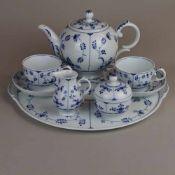 Tête-à-Tête-Service Höchst - blaue Radmarke, blaues Strohblumendekor unter Glasur, 8-tlg.: