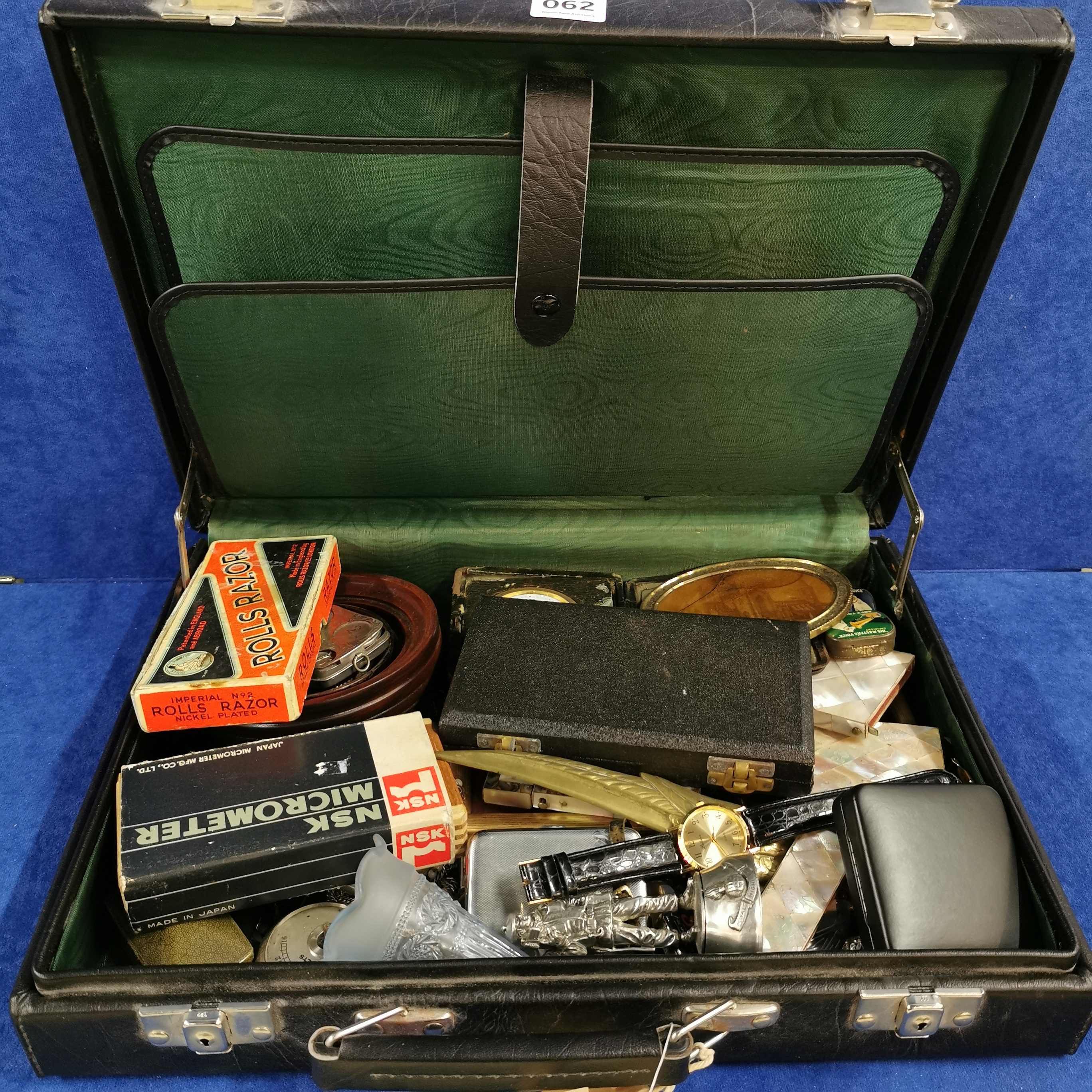Lot 62 - BRIEF CASE AND CONTENTS