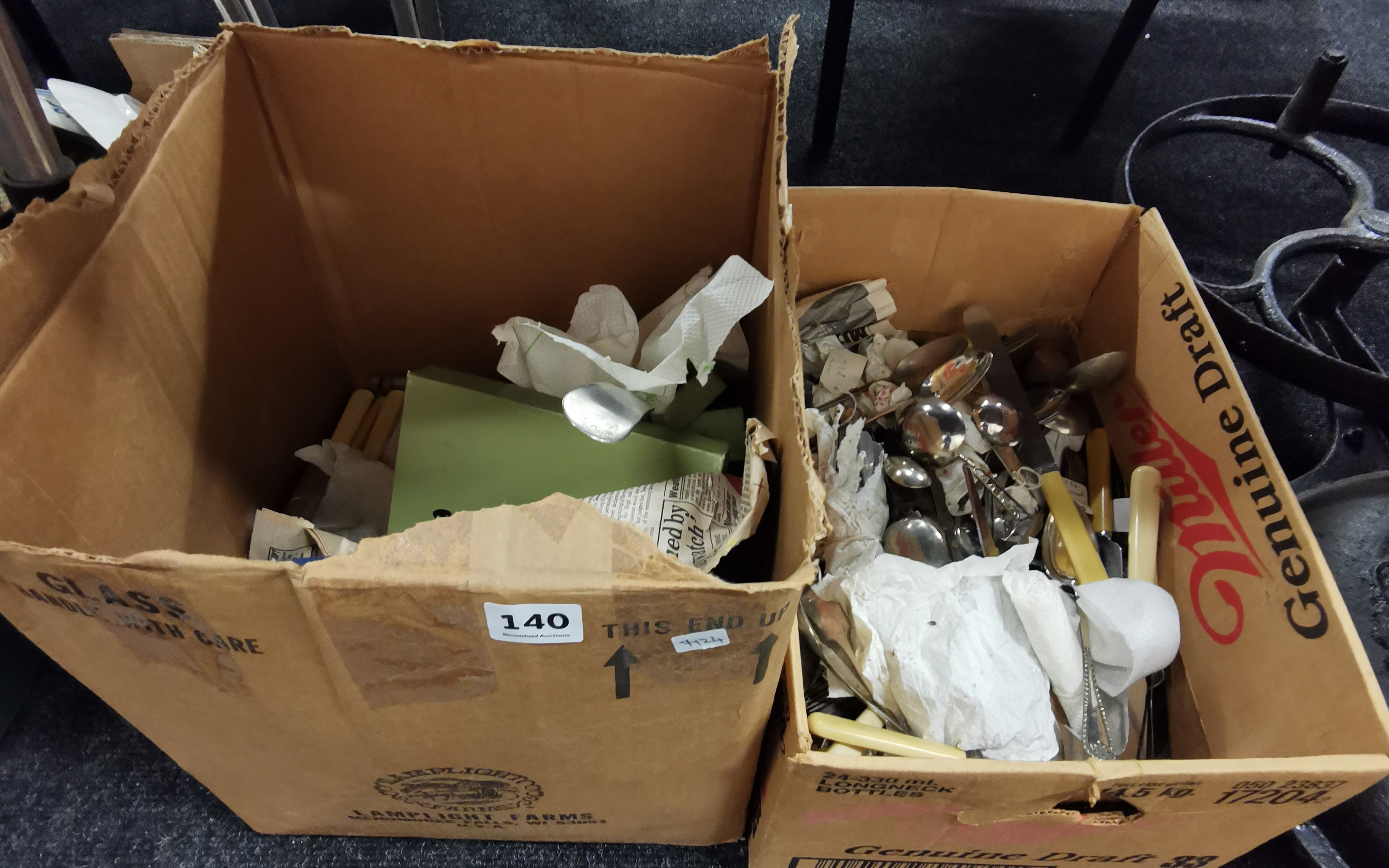 Lot 140 - 2 BOXES OF CUTLERY