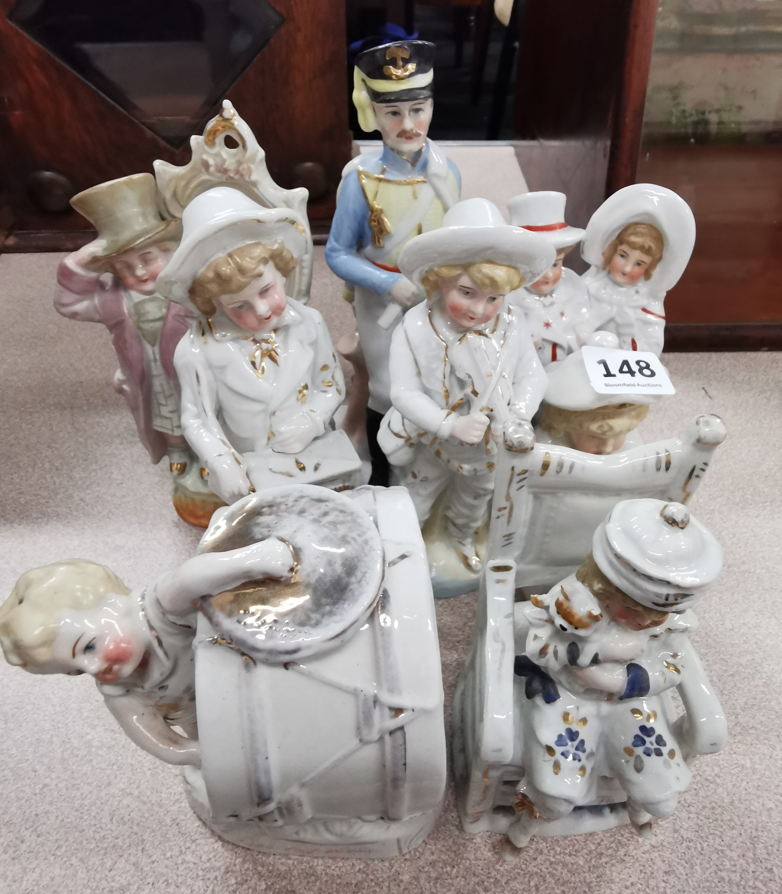 Lot 148 - QUANTITY OF STAFFORDSHIRE & OTHER FIGURES