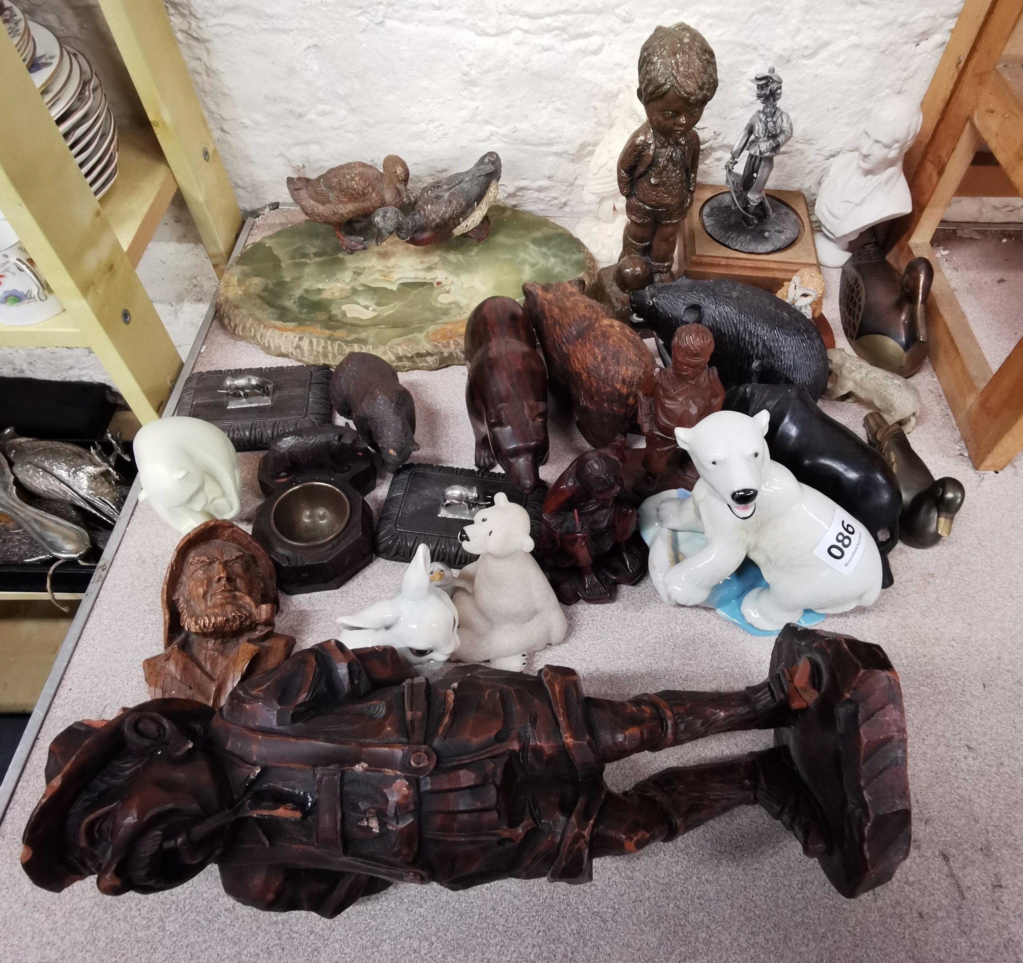 Lot 86 - QUANTITY OF CARVED & OTHER FIGURES
