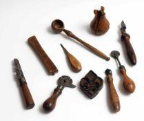 Zehn div. Werkzeuge, 18./19.Jhdt.Holz und Schmiedeeisen.