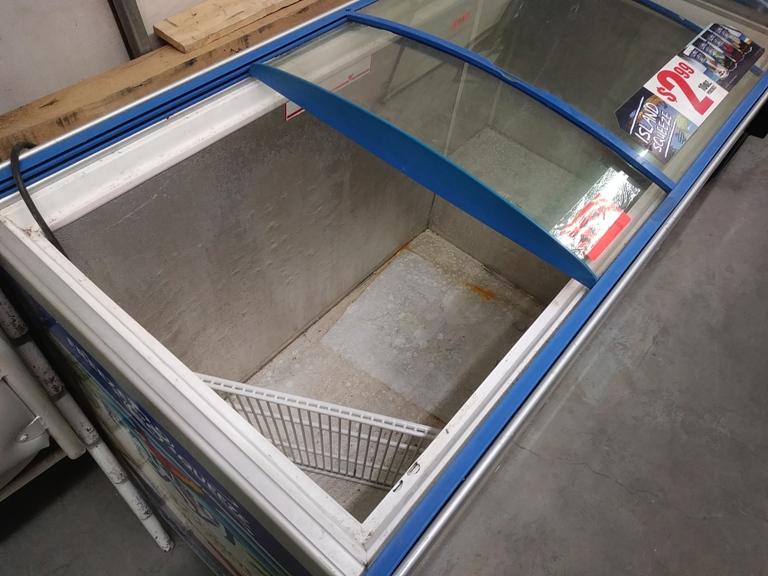 "Lot 376 - SLIDING 2 DOOR CHEST ICE CREAM FREEZER (51"" L X 25"" D X 31"" H)"