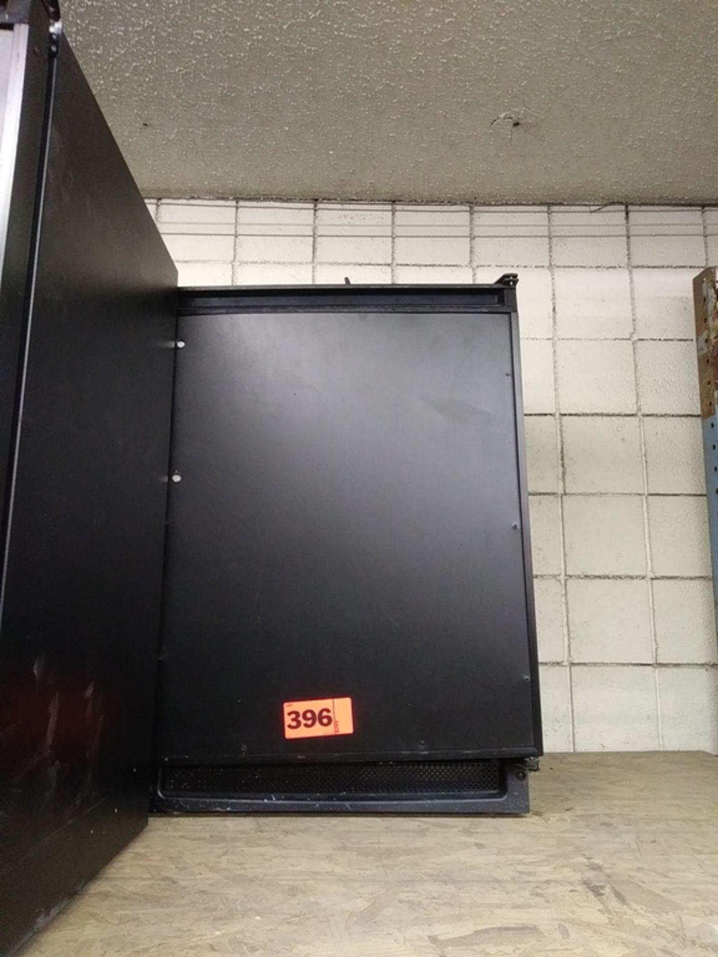"""Lot 396 - U-LINE MINI REFRIGERATOR W/ FREEZER (U-C02175FB-00) (23""""W X 24""""D X 34""""H)"""