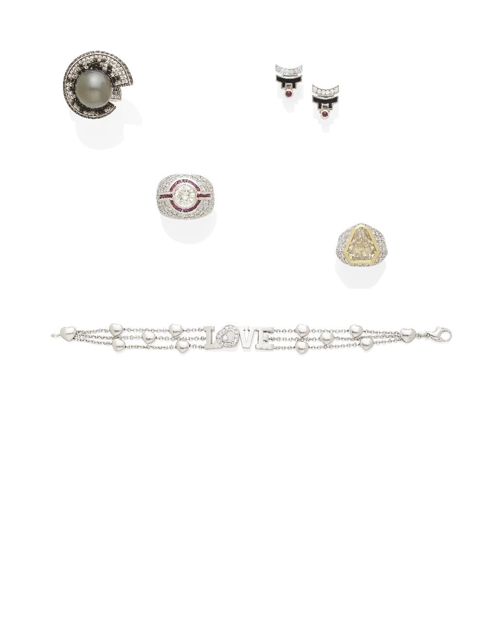 Lot 56 - A 'Happy Diamond' bracelet, Chopard