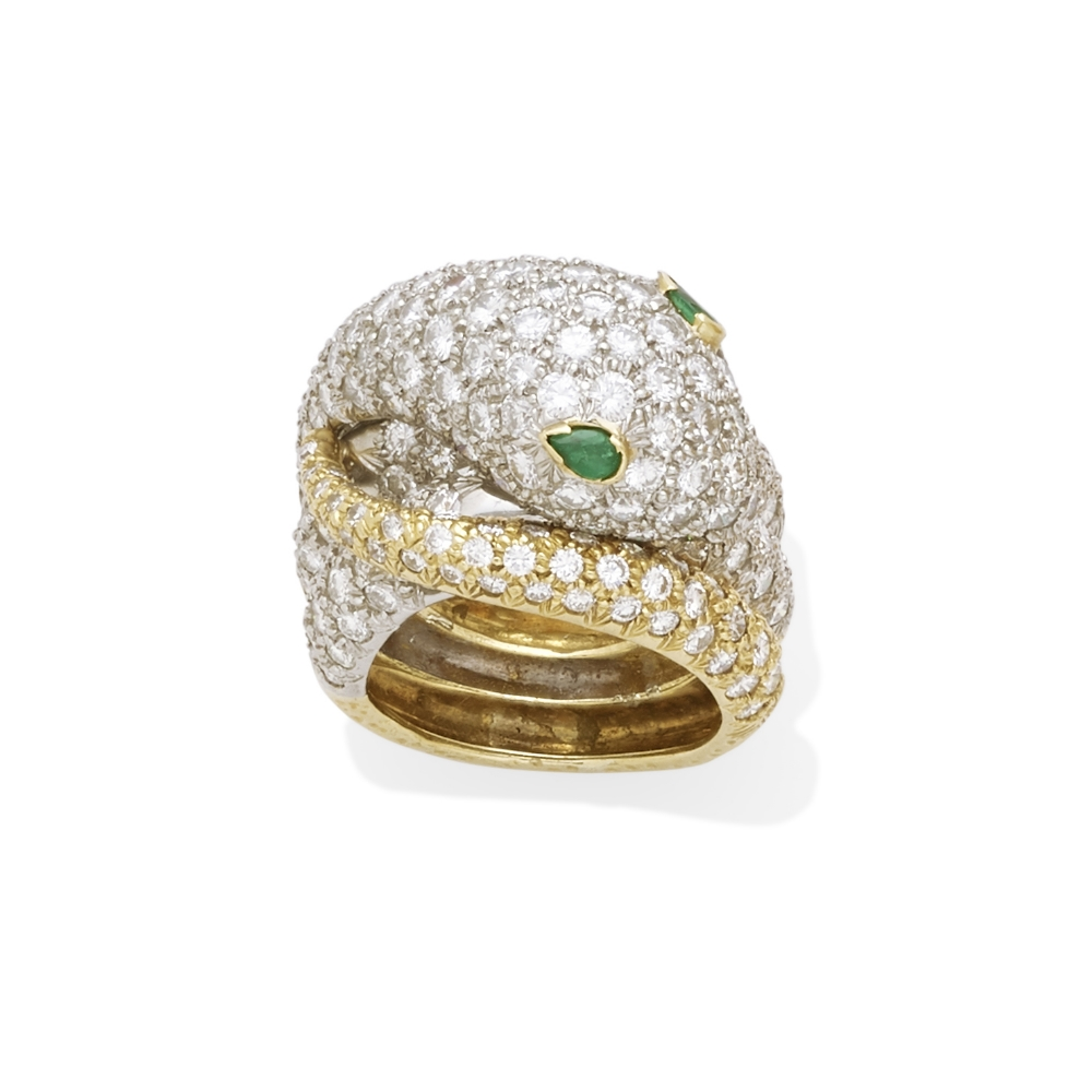 Lot 20 - A pavé diamond snake ring