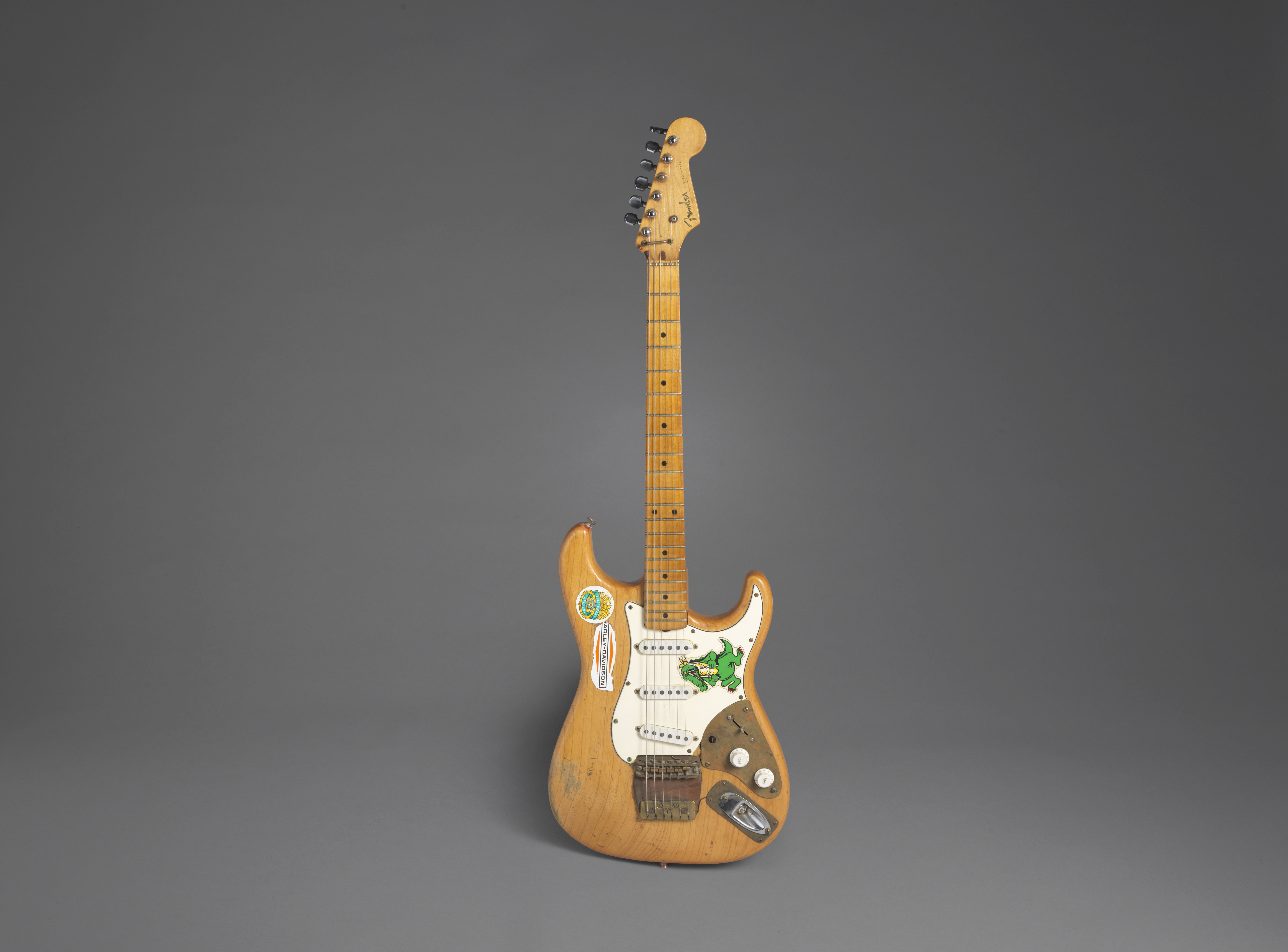 Lot 323 - ALLIGATOR! A FENDER STRATOCASTER OWNED AND PLAYED BY JERRY GARCIA OF THE GRATEFUL DEAD