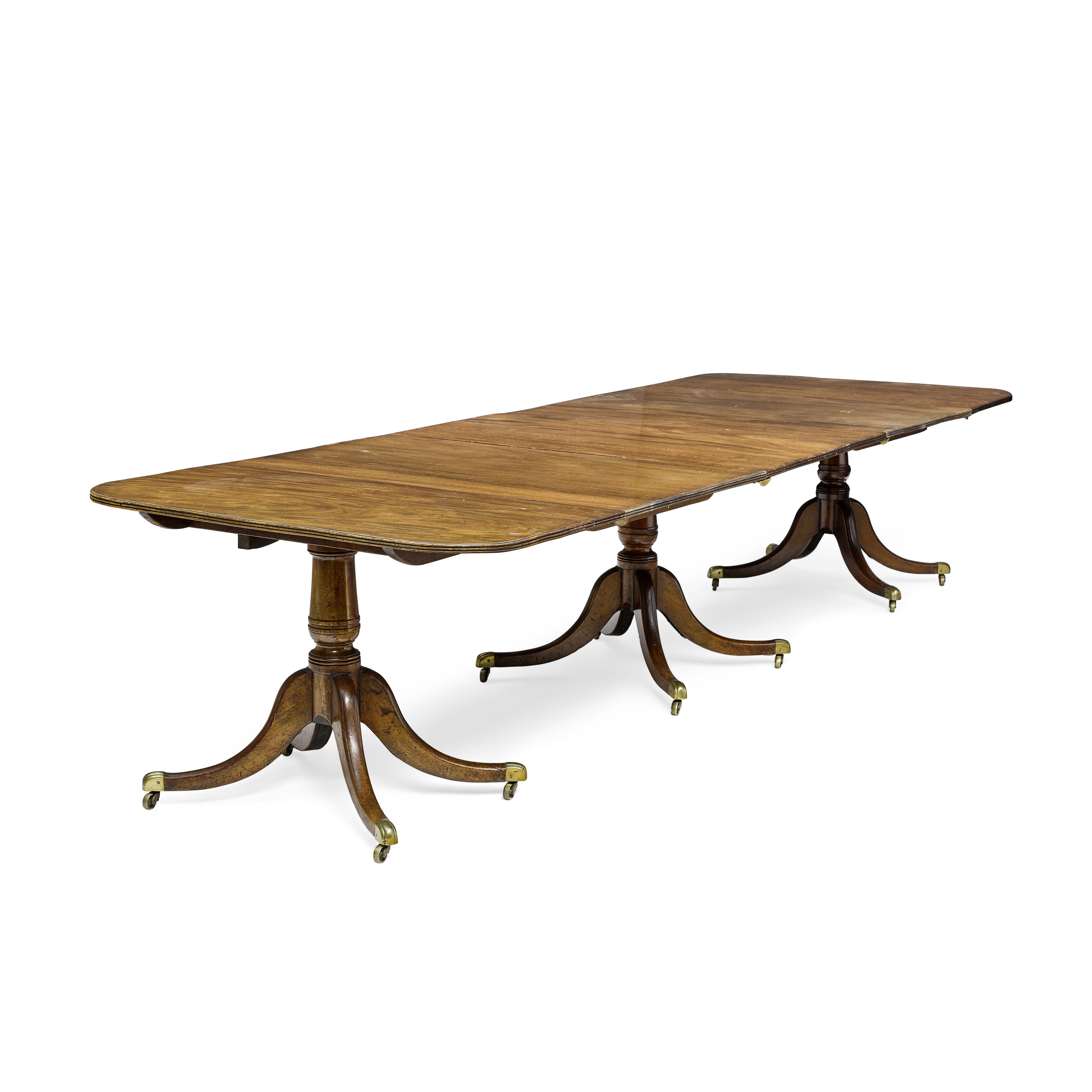 Lot 152 - George III Mahogany triple pedestal dining table Early 19th century