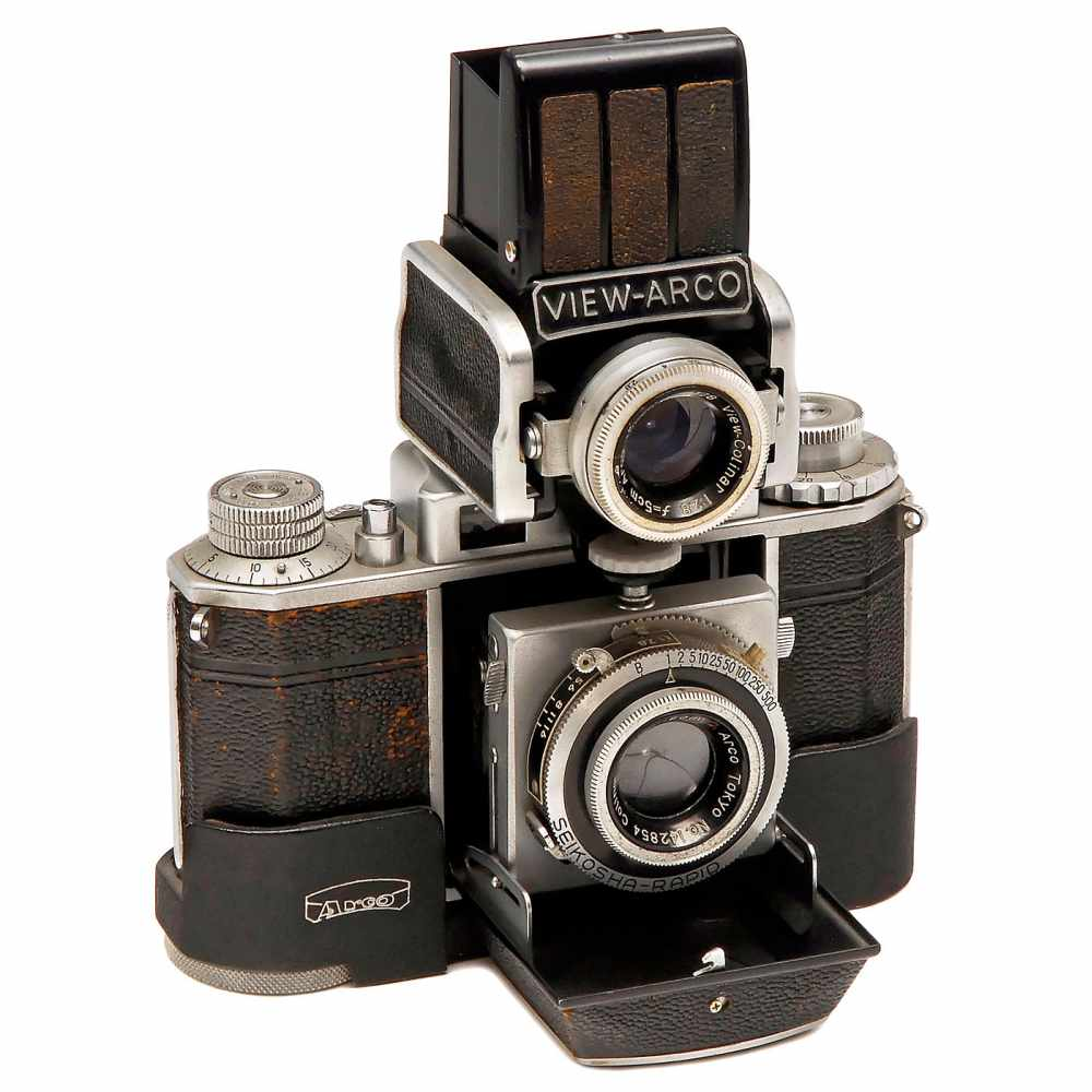 """Lot 37 - Rare Twin-Lens Reflex """"Arco 35 – 1"""", c. 1952Arco Photo Industry (Japan), 35mm folding bed coupled"""