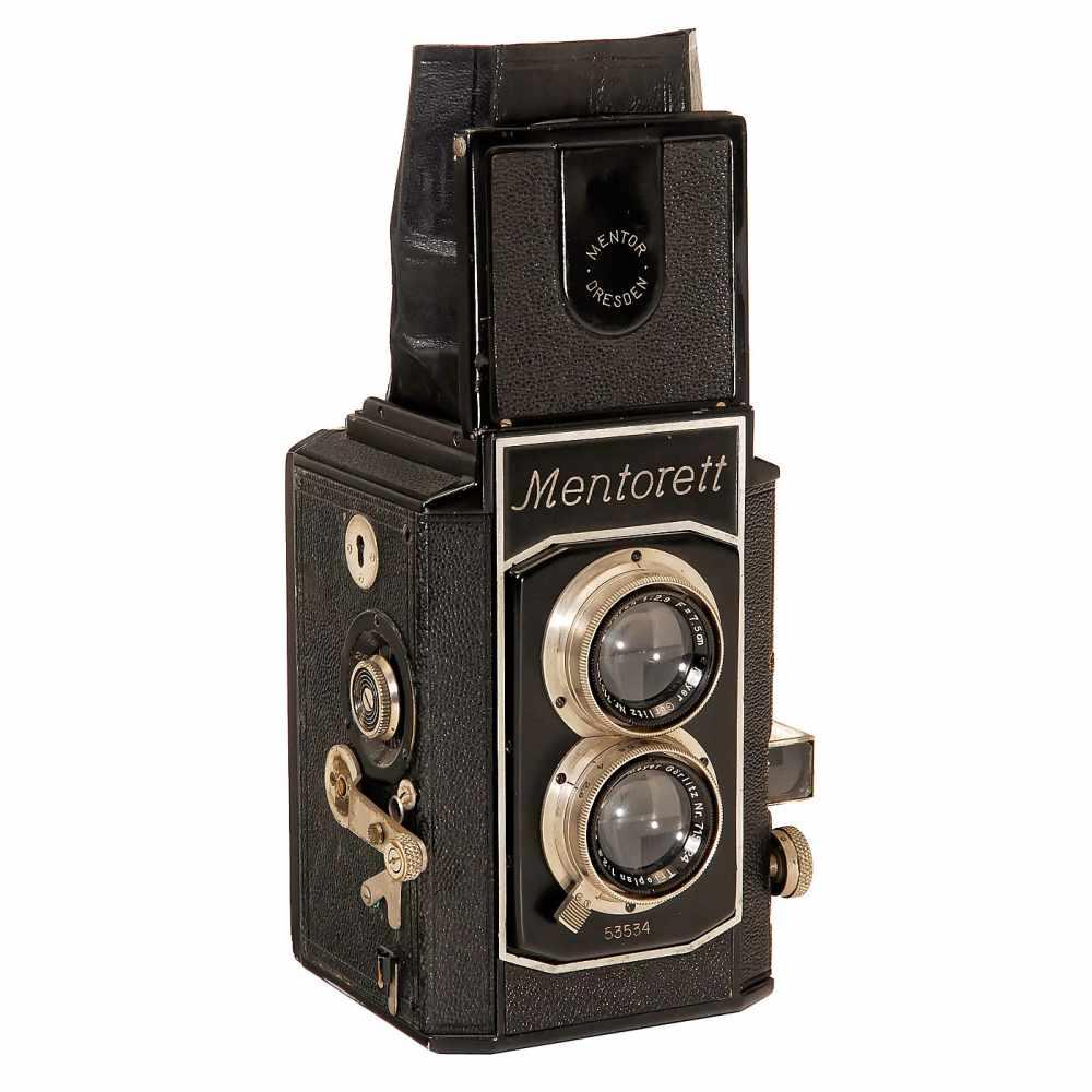 """Lot 29 - """"Mentorett"""" Twin-Lens Reflex, 1936Mentor-Kamerafabrik Goltz & Breutmann, Dresden. No. 53534, 6 x 6"""
