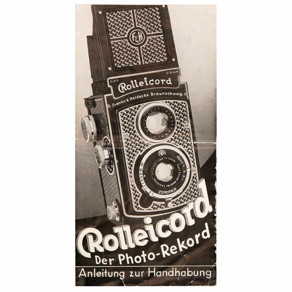 "Lot 4 - Rolleicord I: ""Tapeten-Rollei"", 1933Franke & Heidecke, Braunschweig. No. O35637, Triotar 4,5/7,5 cm,"