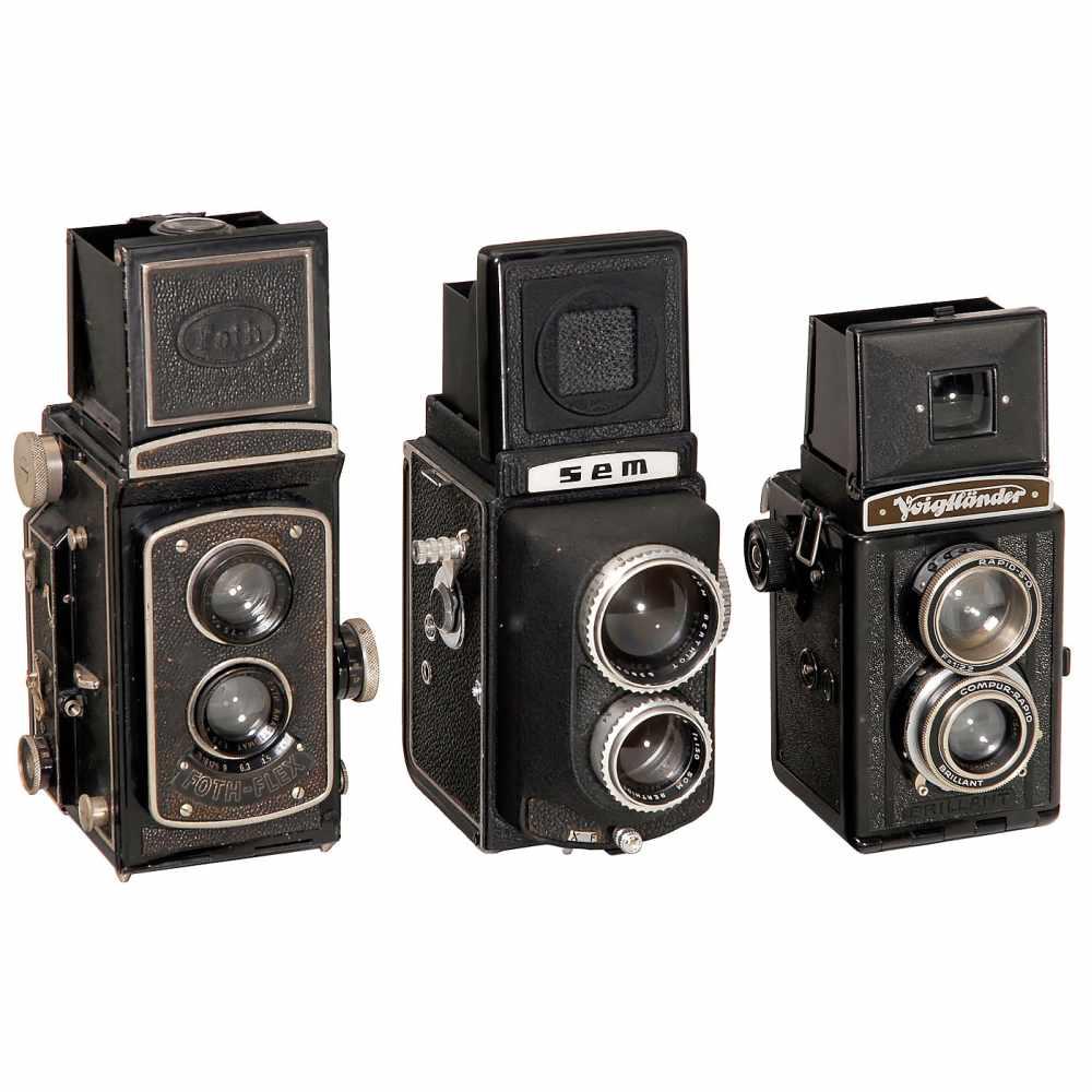 Lot 31 - 3 TLR Cameras1) Foth, Berlin. Foth-Flex, 1933. Foth Anastigmat 3,5/75 mm, focal plane shutter,