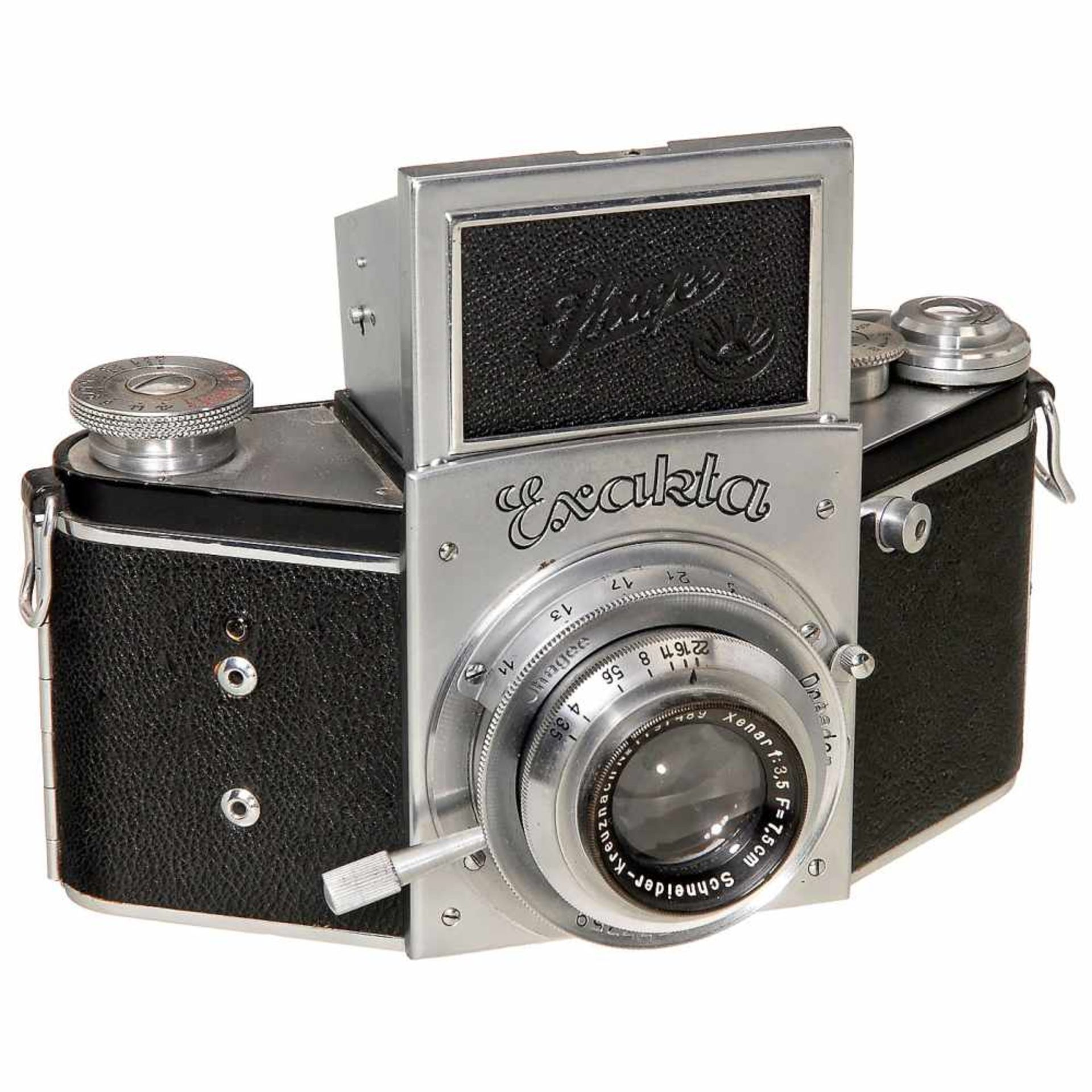 Exakta B, c. 1937Ihagee, Dresden. No. 533759, type 5, Vacublitz socket, Xenar 3,5/7,5 cm, shutter