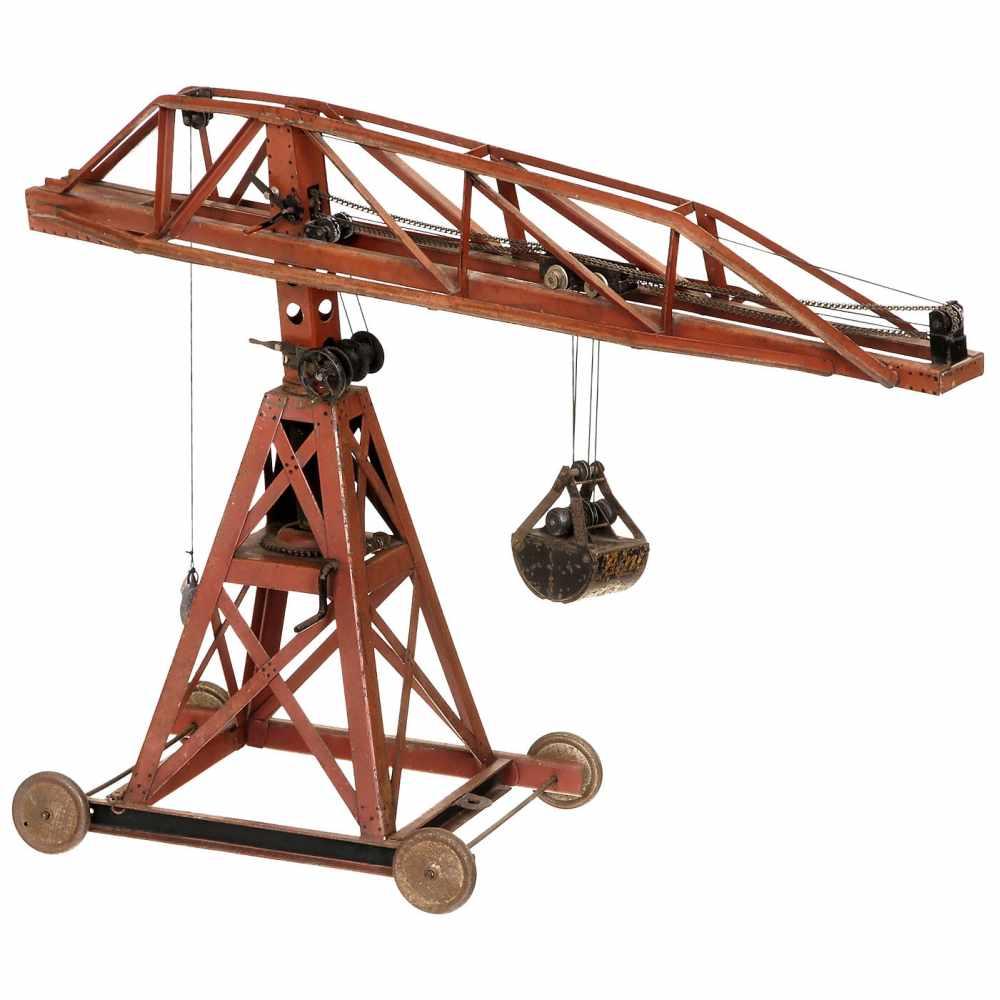 Lot 59 - Large Crane by Bing, c. 1920Bing-Werke, Nuremberg. Catalog no. 10/9230, solid metal, on wheels,