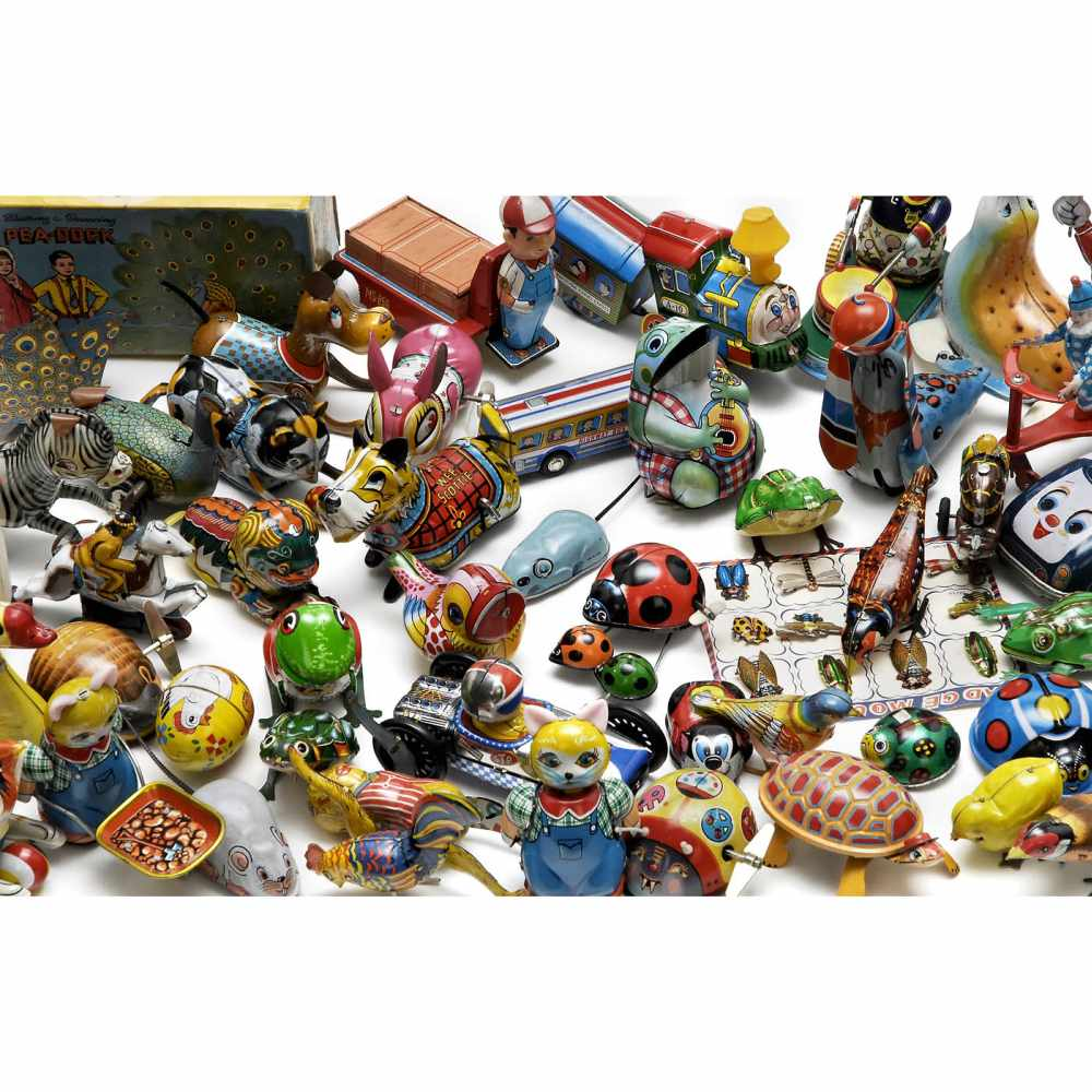 Lot 23 - Collection of Japanese and Chinese Tin Toys, c. 1950-7049 items: animals, figures and vehicles,