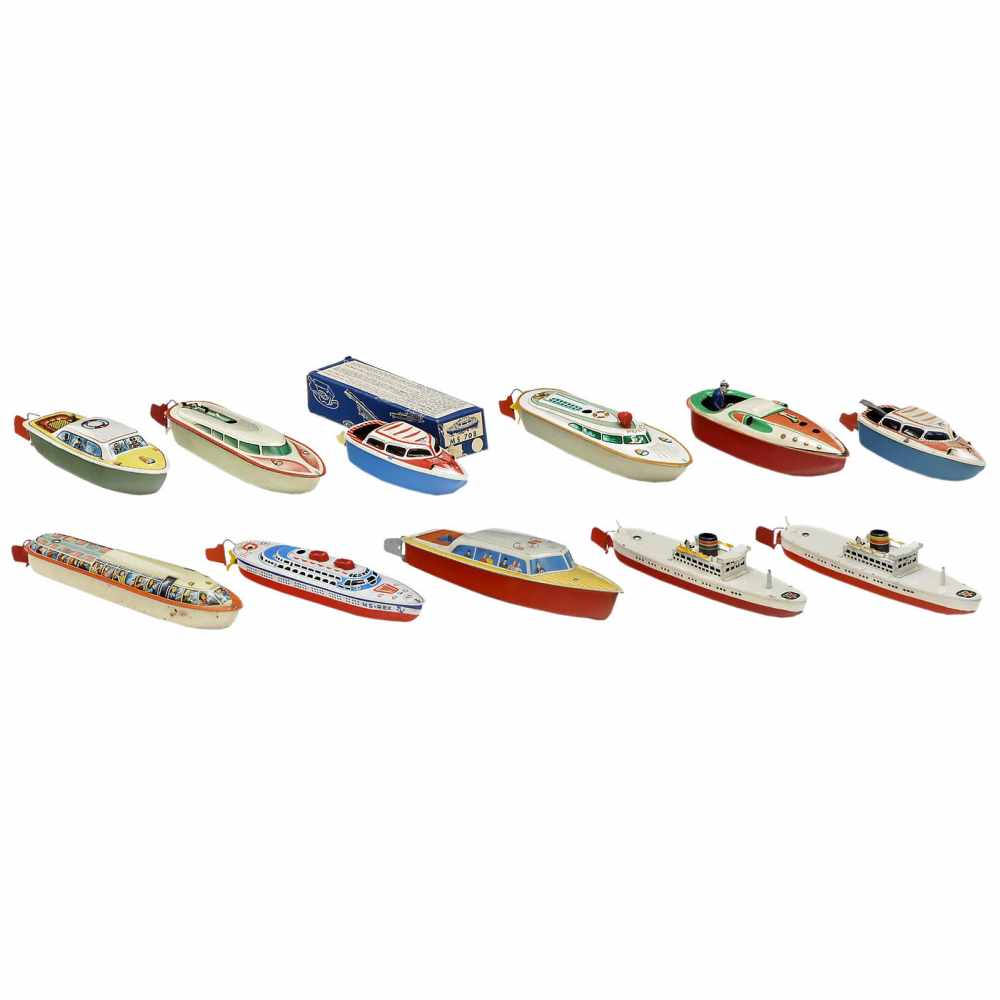 Lot 42 - 11 Tinplate Toy Boats, c. 1960Manufactured by Arnold, CKO (Kellermann) and Michael Seidel.