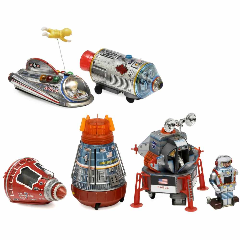 Lot 48 - Japanese Space Toys, c. 1960-70Lithographed tin and plastic. 1) Friend Ship, SH Horikawa,