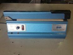 Hulme Martin hand operated impulse bench heat seal