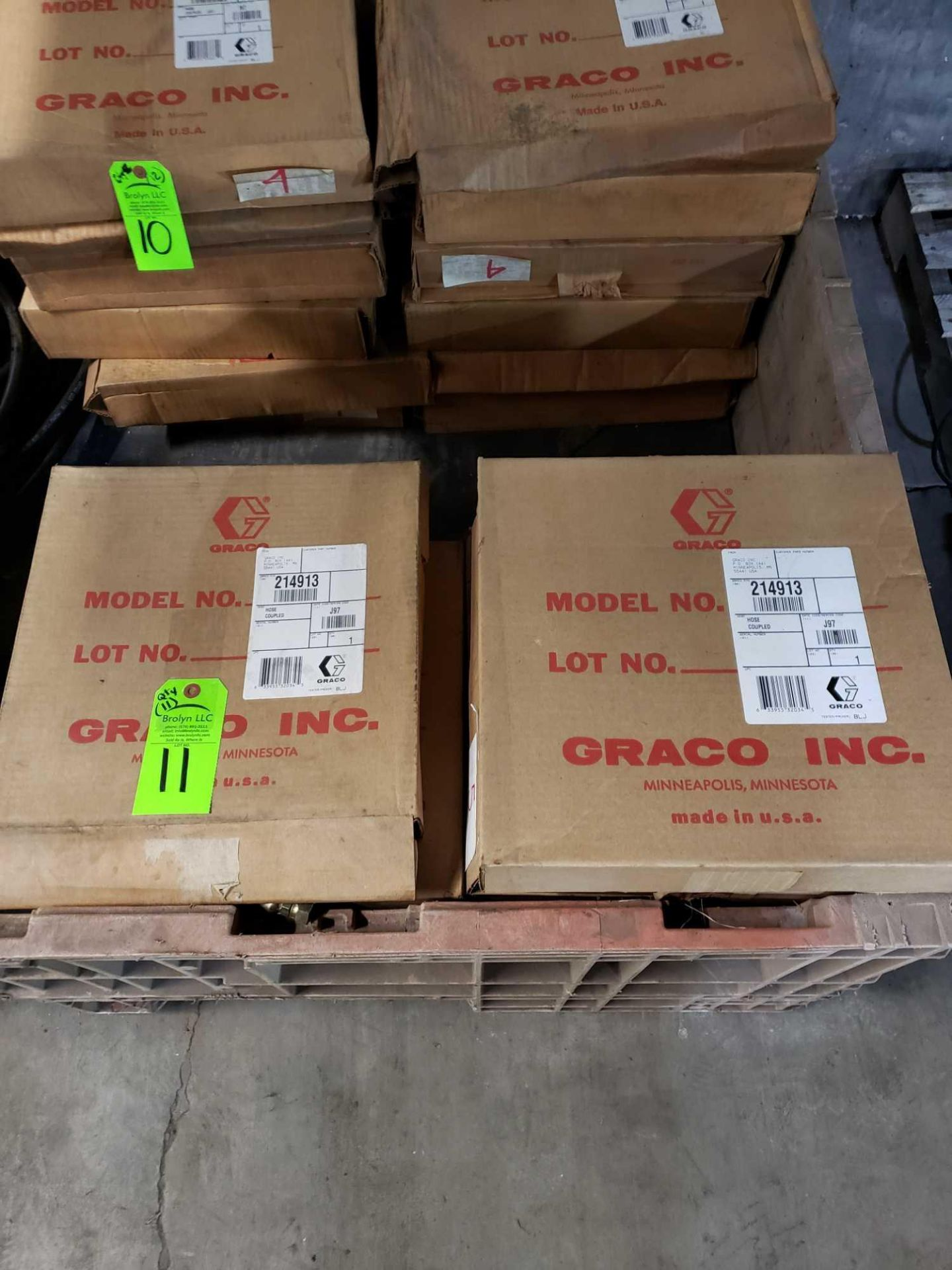 Lot 11 - Qty 11 - Graco model 214913 hoses. New in boxes.