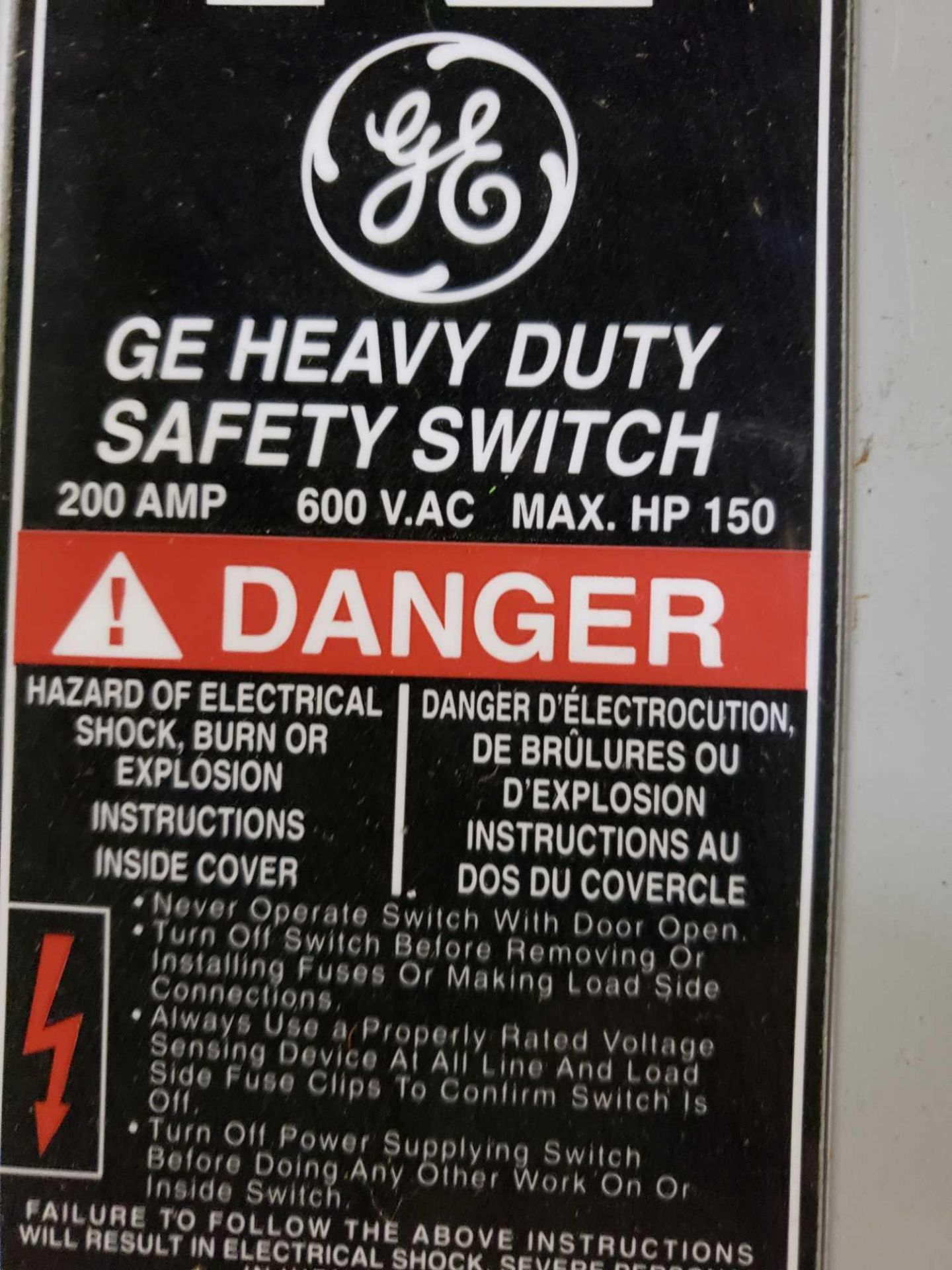 Lot 26 - GE catalog number TH3364 disconnect. 200amp.