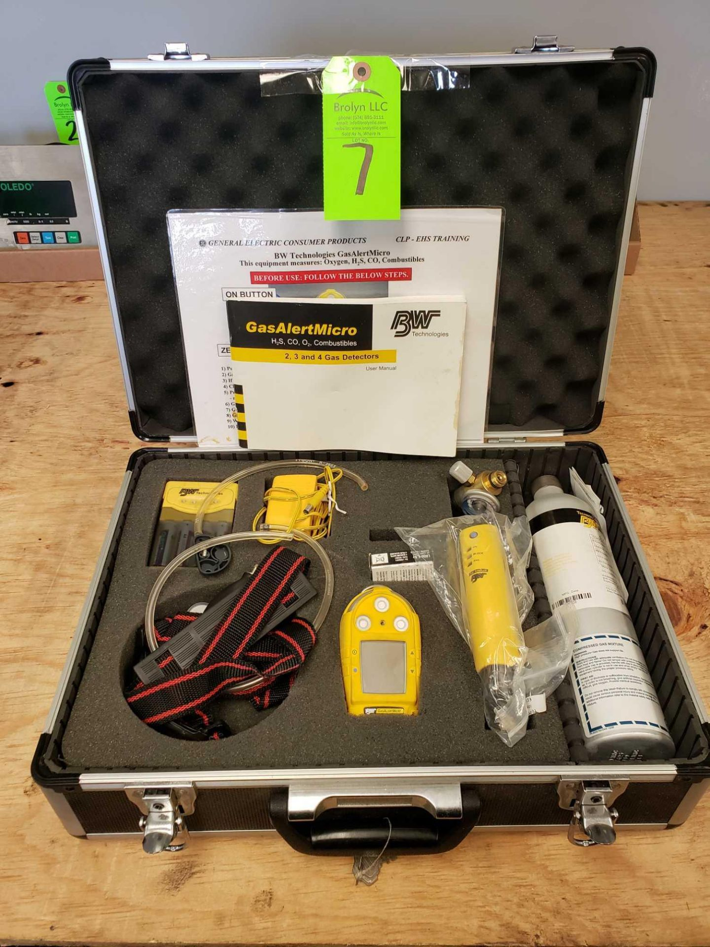 Lot 7 - BW Technologies Gas Alert Micro System