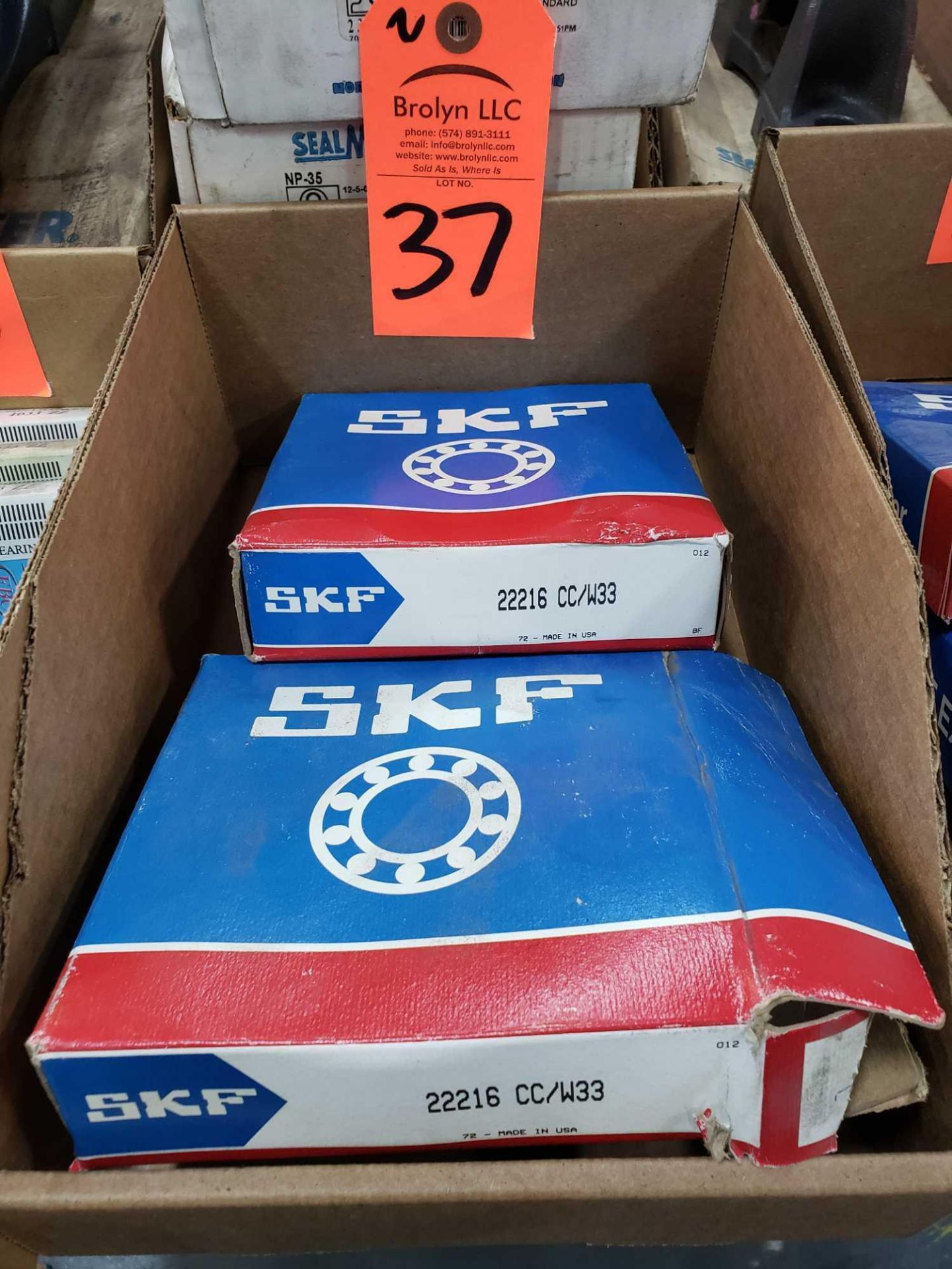 Lot 37 - Qty 2 - SKF bearings model 22216CC/W33. New in boxes.