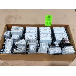 Lotto 38 - Large Qty of Allen Bradley Contactors in assorted sizes and part numbers.