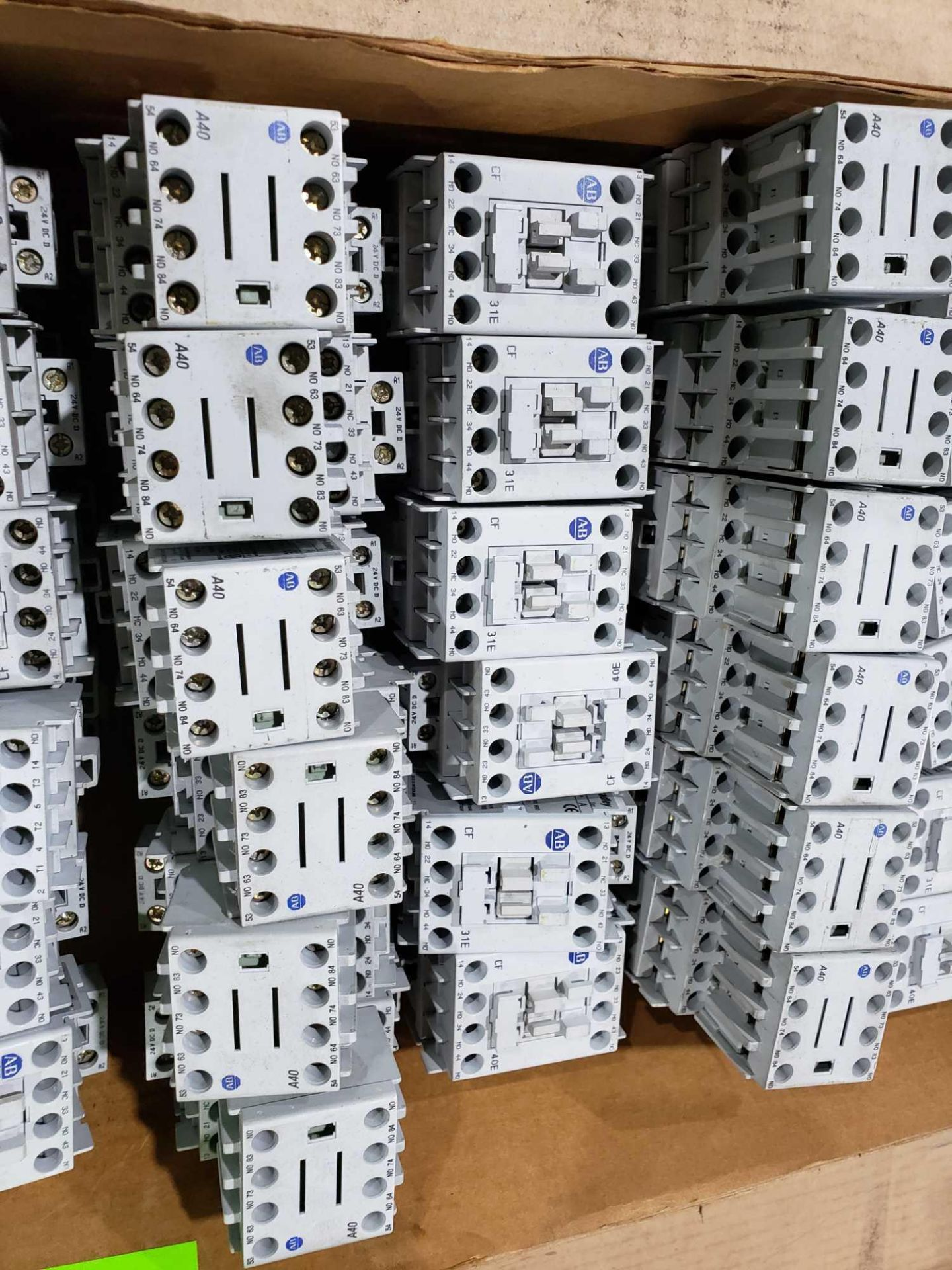 Lot 29 - Large Qty of Allen Bradley Contactors in assorted sizes and part numbers.