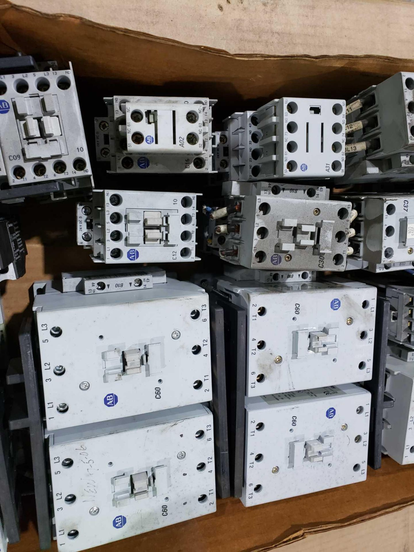 Lot 38 - Large Qty of Allen Bradley Contactors in assorted sizes and part numbers.