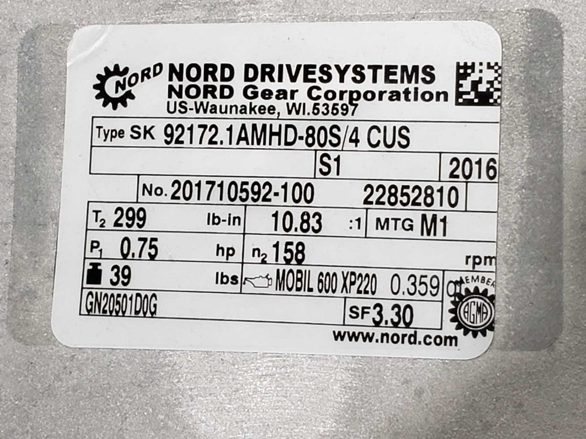 Lot 58 - Nord Systems 10.83:1 gear box and motor. Type SK92172.1AMHD-80S/4CUS and SK80S/4CUS. NEW.