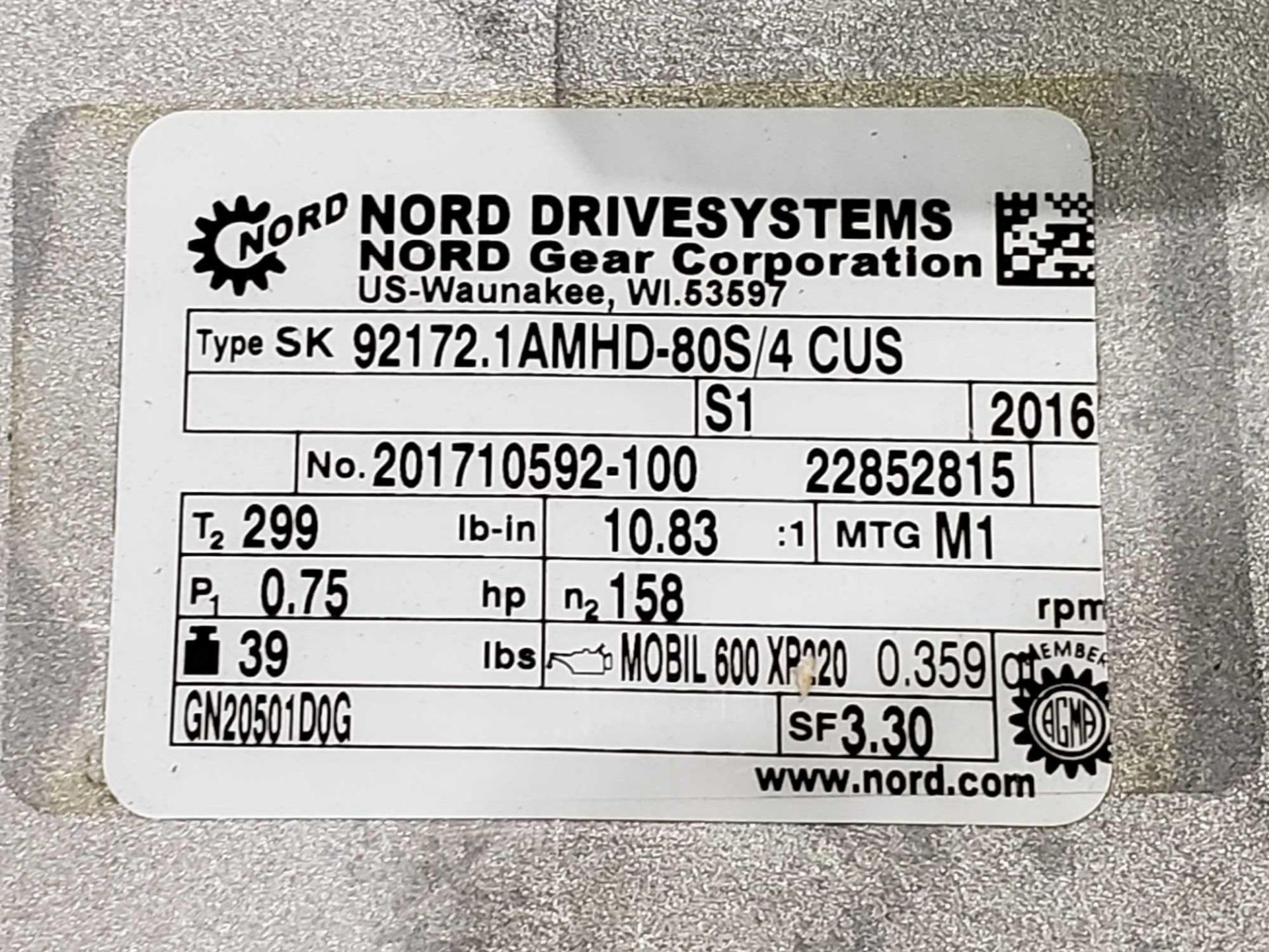 Lot 53 - Nord Systems 10.83:1 gear box and motor. Type SK92172.1AMHD-80S/4CUS and SK80S/4CUS. NEW.