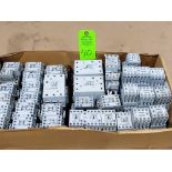 Lotto 40 - Large Qty of Allen Bradley Contactors in assorted sizes and part numbers.