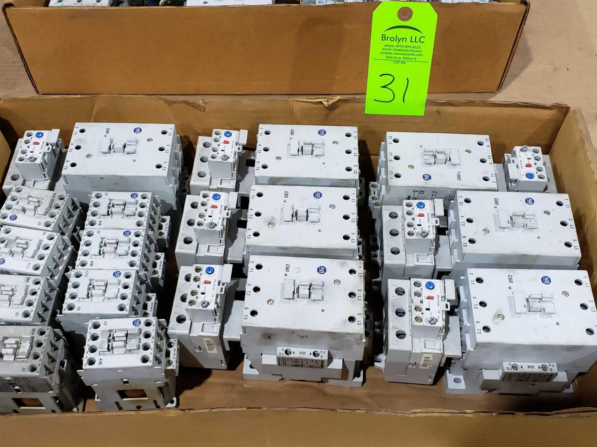 Lot 31 - Large Qty of Allen Bradley Contactors in assorted sizes and part numbers.