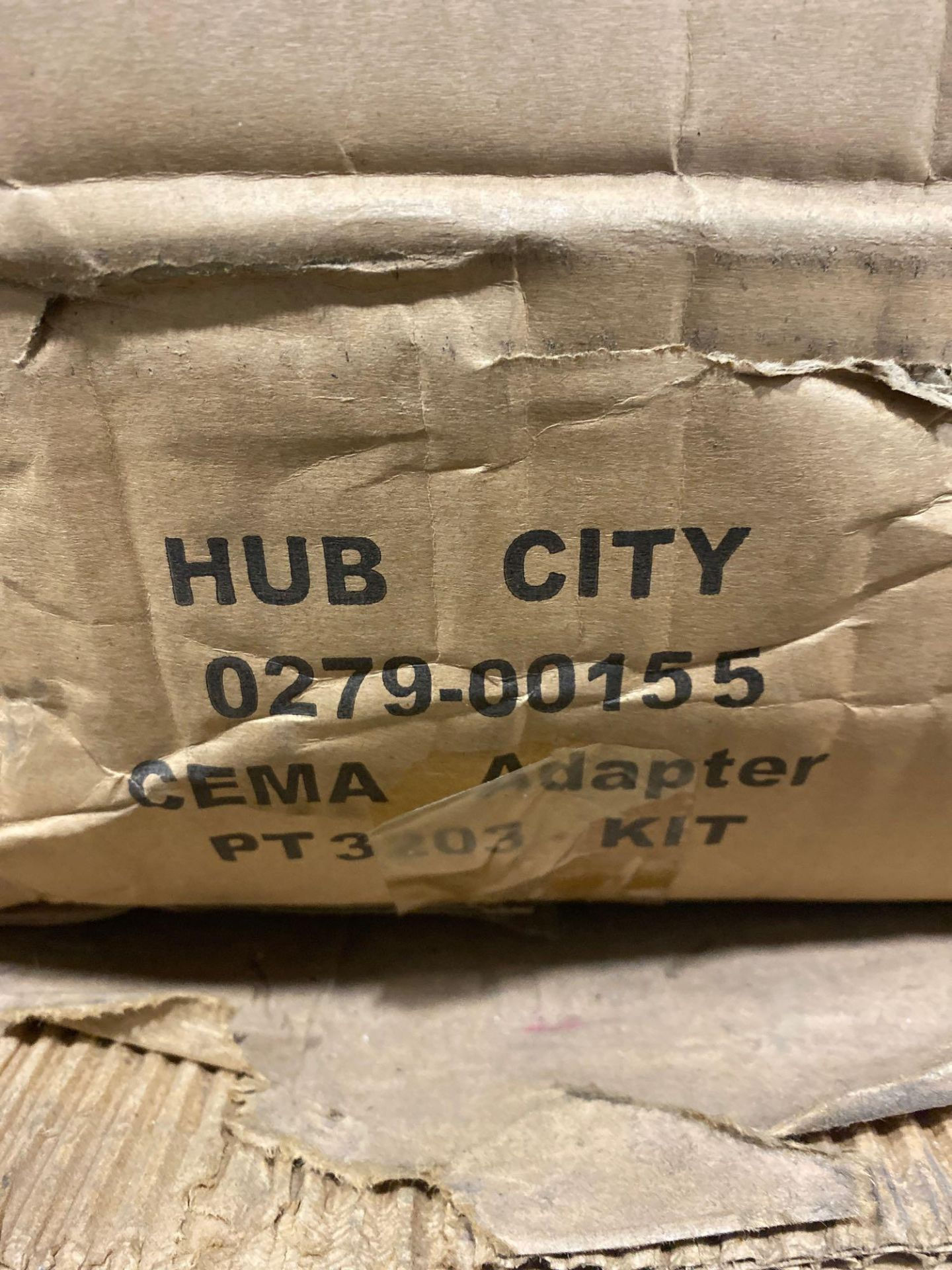 Lot 8 - Hub City model 0279-00155 adapter kit. New in box.