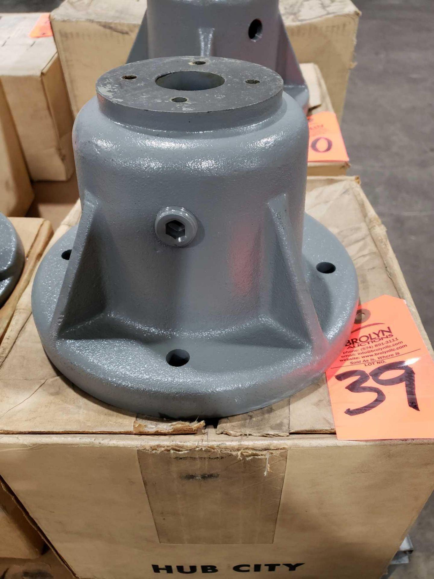 Lot 39 - Hub City model 0229-01776-260 kit. New in box.