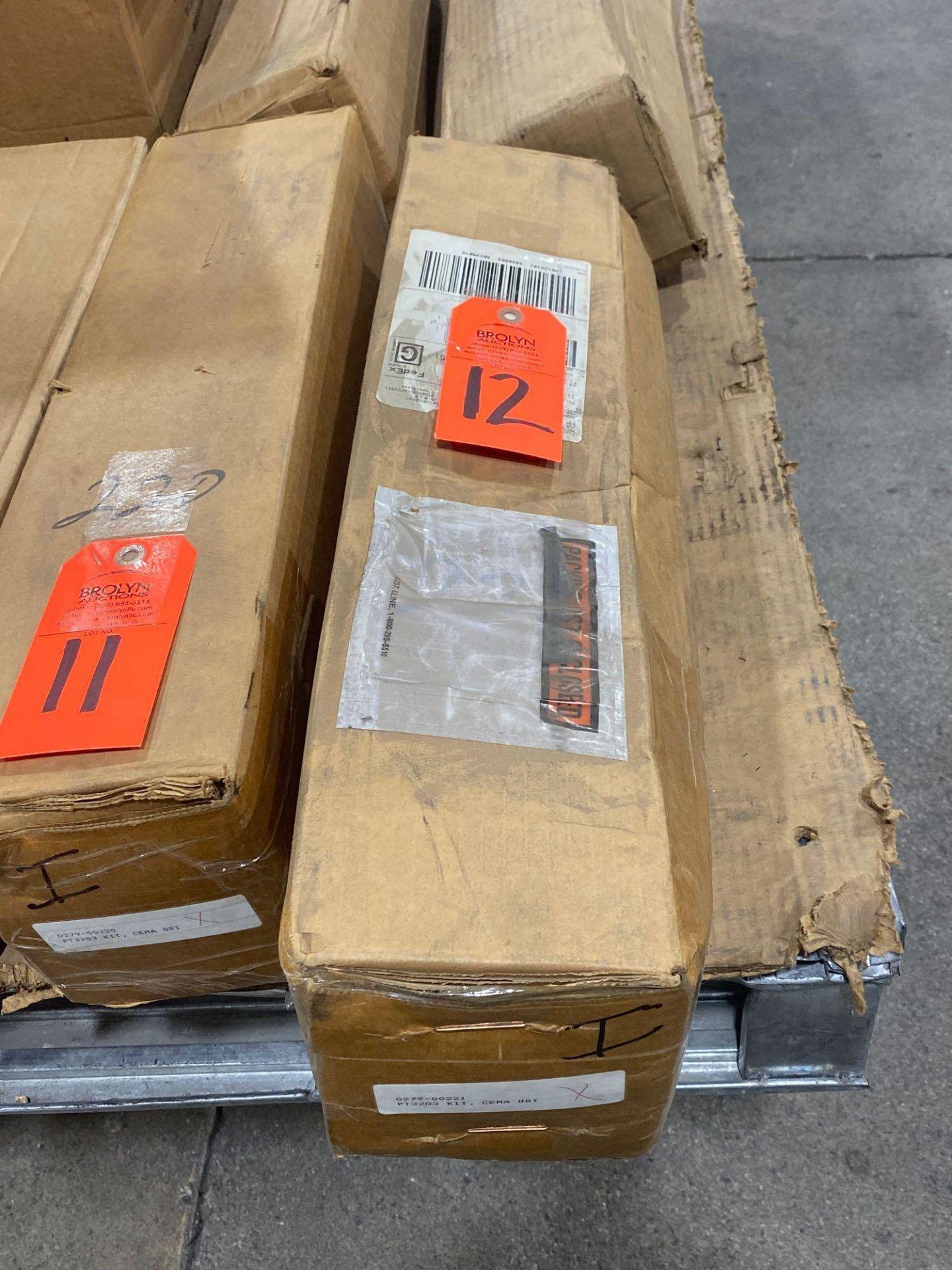 Lot 12 - Hub City model 0279-00221 kit. New in box.