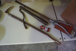 A Small Mixed Lot of Collectables, Comprising of a vintage baton, a vintage riding crop, a