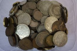 A Quantity of Victorian and Later Coinage, to include two Victorian silver half crowns, 15 1920s
