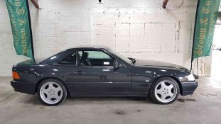 1993 Mercedes 300SL 24v, a lovely example, 123171 miles,. Service history with two keys, presents