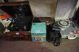 A Quantity of Vintage Cameras, to include a cine camera by Specto, boxed, a Minolta zoom 8 camera, a