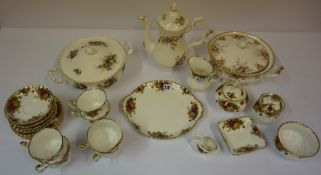 A Royal Albert Old Country Roses Tea Service, Comprising of six side plates, six saucers, six