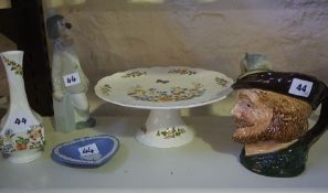 A Mixed Lot of Porcelain, to include a large Royal Doulton character jug of Robin Hood, (6)