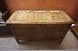 Oak Blanket Box, Having a hinged top, Condition reportGood over all condition 128cm long x 58cm deep