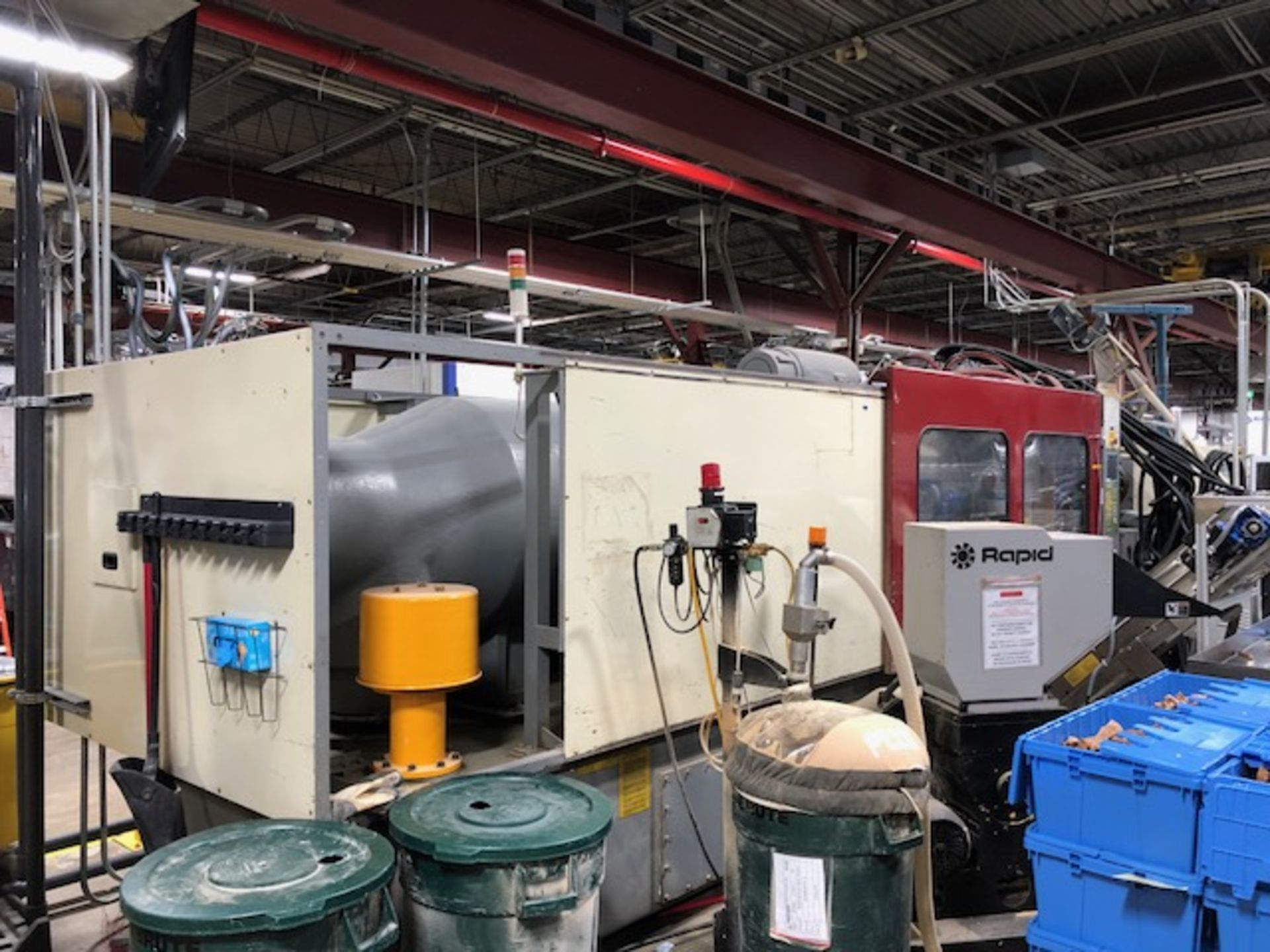 Lot 136A - 720 Ton, 194 oz. LG Injection Molding Machine (2003)