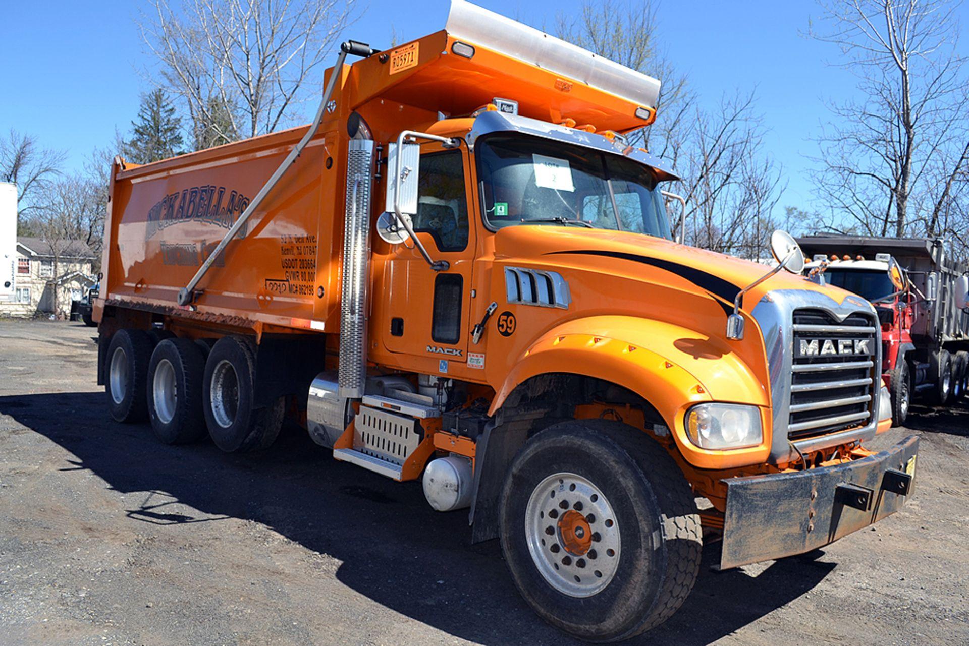 Lot 2 - 2017 Mack GU713 Standard Cab Tri-Axle, Dump Truck