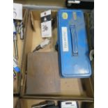 Hole Saws and Parallel Set
