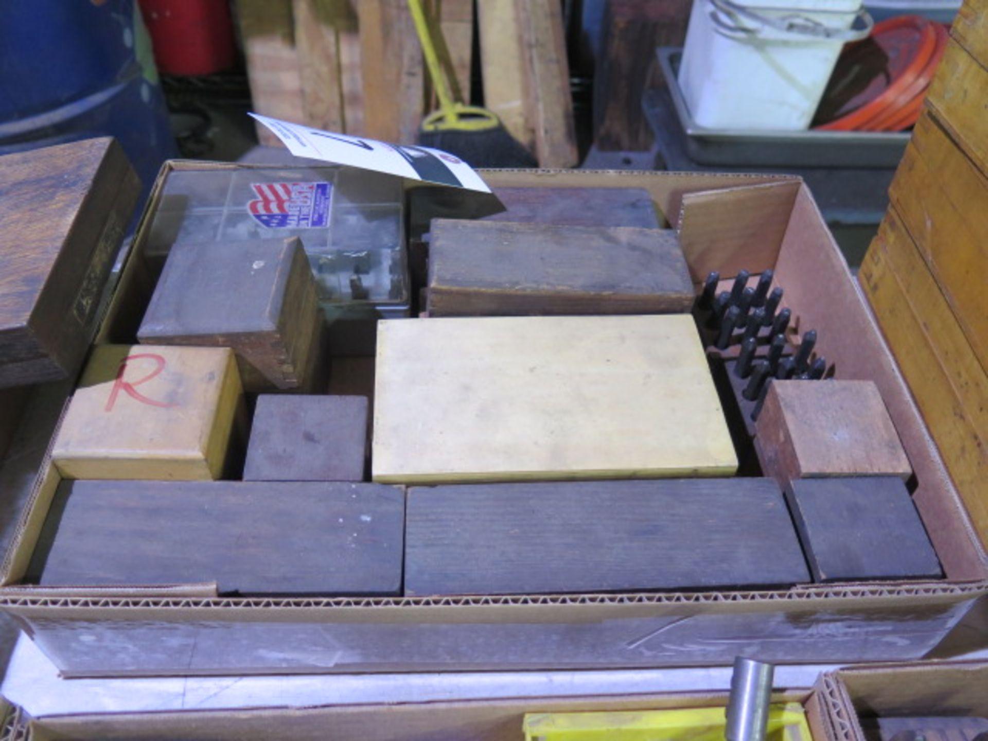 Lot 17 - Impression Stamp Sets
