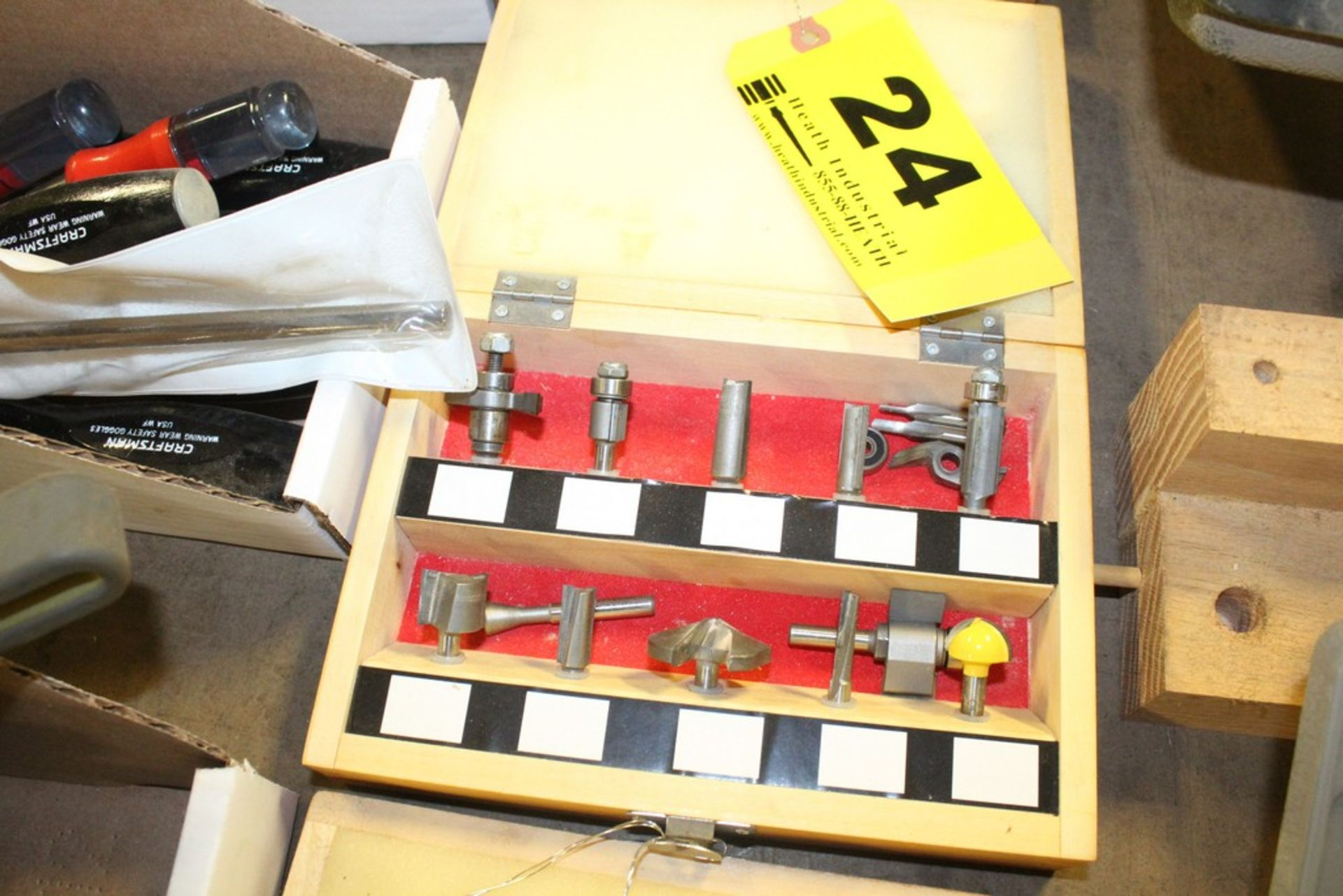 "Lot 24 - CRAFTSMAN ASSORTED ROUTER BITS IN WOOD CASE, 1/4"" SHANK"